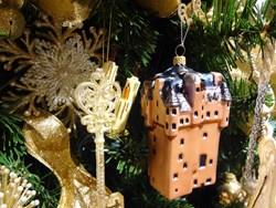 Christmas ornament depicts Scottish Castle known as Criagievar