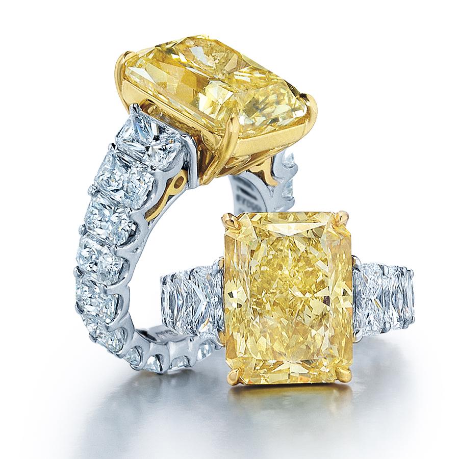 A New Level of Luxury: Diamond Club Miami Encrusts Vintage Rolls ...