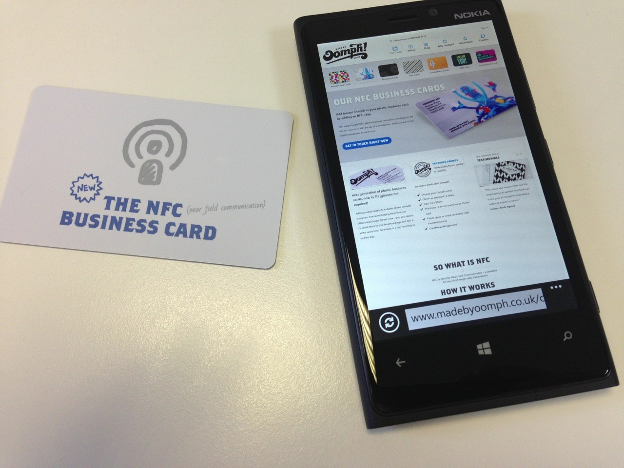 Plastic NFC Business Cards with Oomph