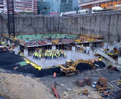 Contractors gather as part of Turner's 2012 Safety Stand-Down at the Children's Hospital of Philadelphia, Ambulatory Care Center project