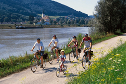 danube bike path family tour