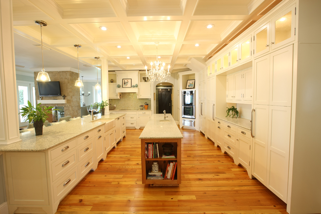 A Kitchen With Vintage Character: Antique Heart Pine Reclaimed From 1900s General Electric