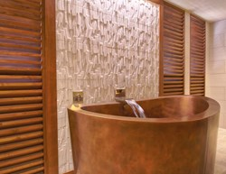 Traditional Japanese Style Soaking Tub
