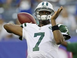 Quarterback Geno Smith