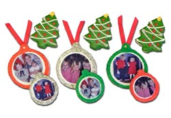 Holiday Snapshot Ornaments