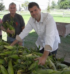 Market Buffet & Grill picks up fresh corn from Chappell Farms Ontario