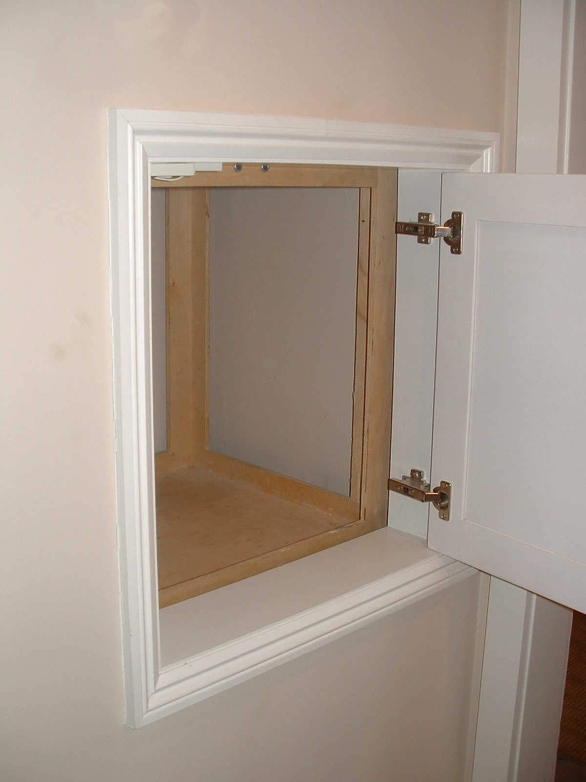 Butler mobility dumbwaiters are newly designed and re for Diy home elevator plans