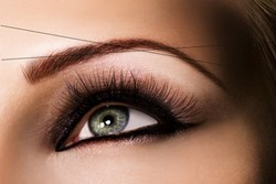 Eyebrow threading by TEAL Ottawa