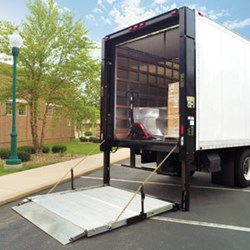 A 1 Express Announces Straight Truck Services With Lift