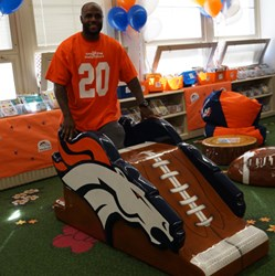 The Denver Broncos and Mile High United Way asked PLAYTIME to create a custom-themed playground for Greenlee Elementary.