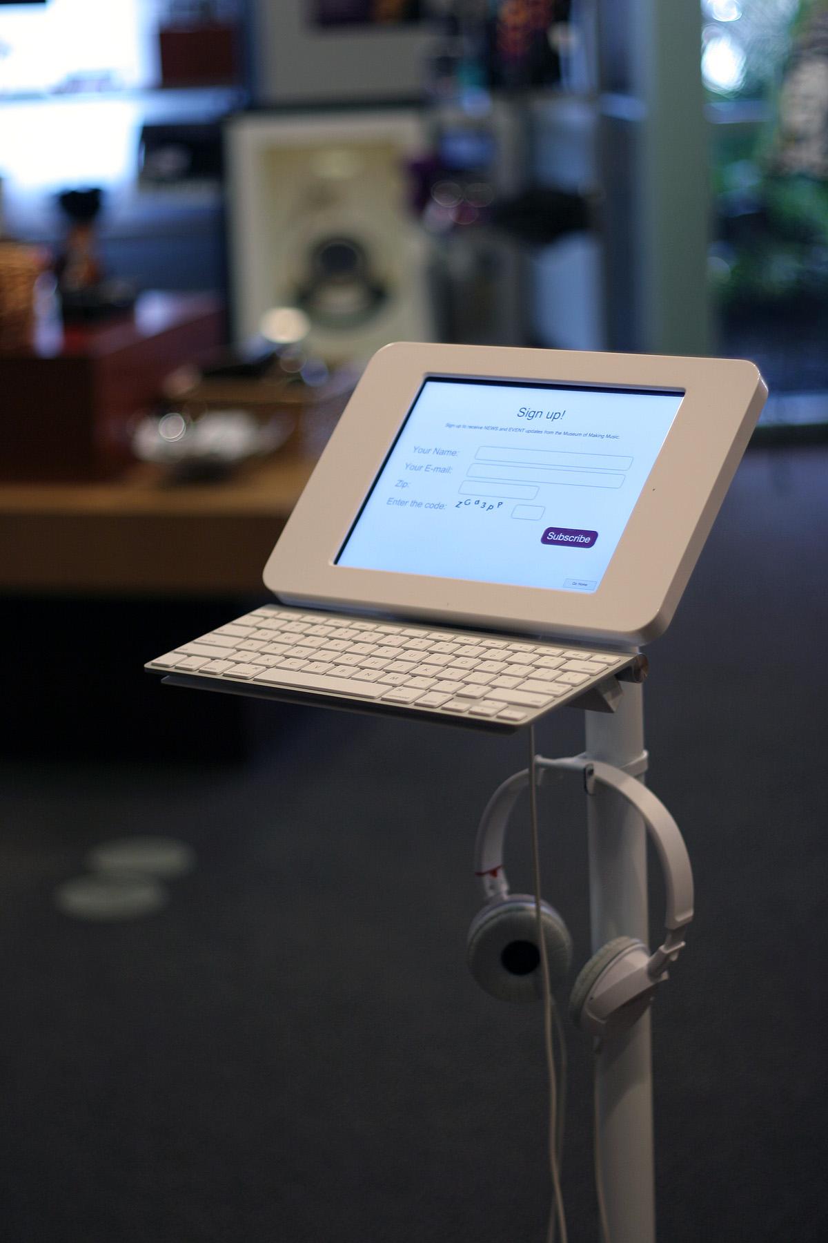 Lilitab S Wheeled Ipad Kiosk Provides Secure Medical Mobility