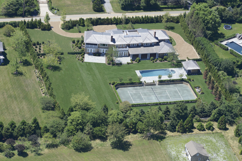 Hamptons luxury real estate news gary depersia 45 for Luxury hamptons real estate