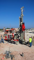 Comacchio MC 800 drilling rig