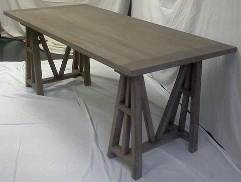 HomeThangs Has Introduced A Guide To Reclaimed Wood Dining Tables