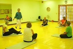 brain education, yoga, mind body, dahn yoga foundation, community yoga class, dahn yoga exercises