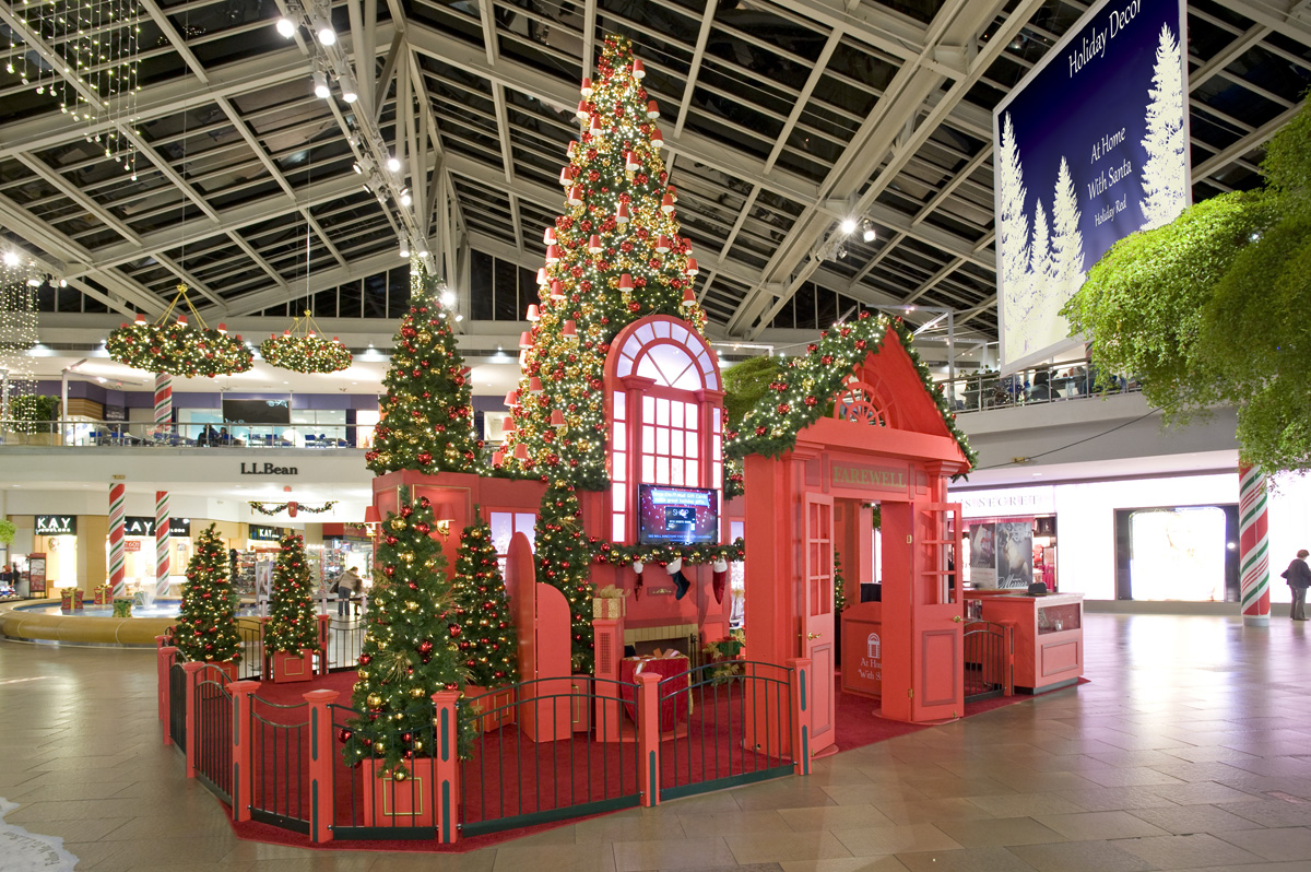 Too Early For Retail Holiday Decor Center Stage Productions Demystifies Decorating On