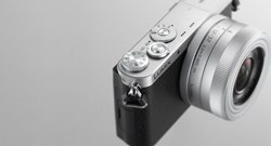 The LUMIX GM1 packs highly advanced large sensor technology into an outstandingly compact profile, made possible through years of Panasonic LUMIX G Series innovative camera downsizing.