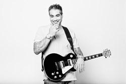 Skype guitar teacher Dyce Kimura