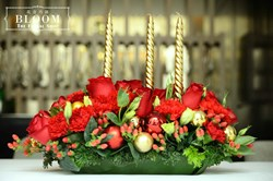 Bloom2U also caters for seasonal flowers and gifts hampers for Christmas (above), Chinese New Year, Hari Raya and Valentine's Day