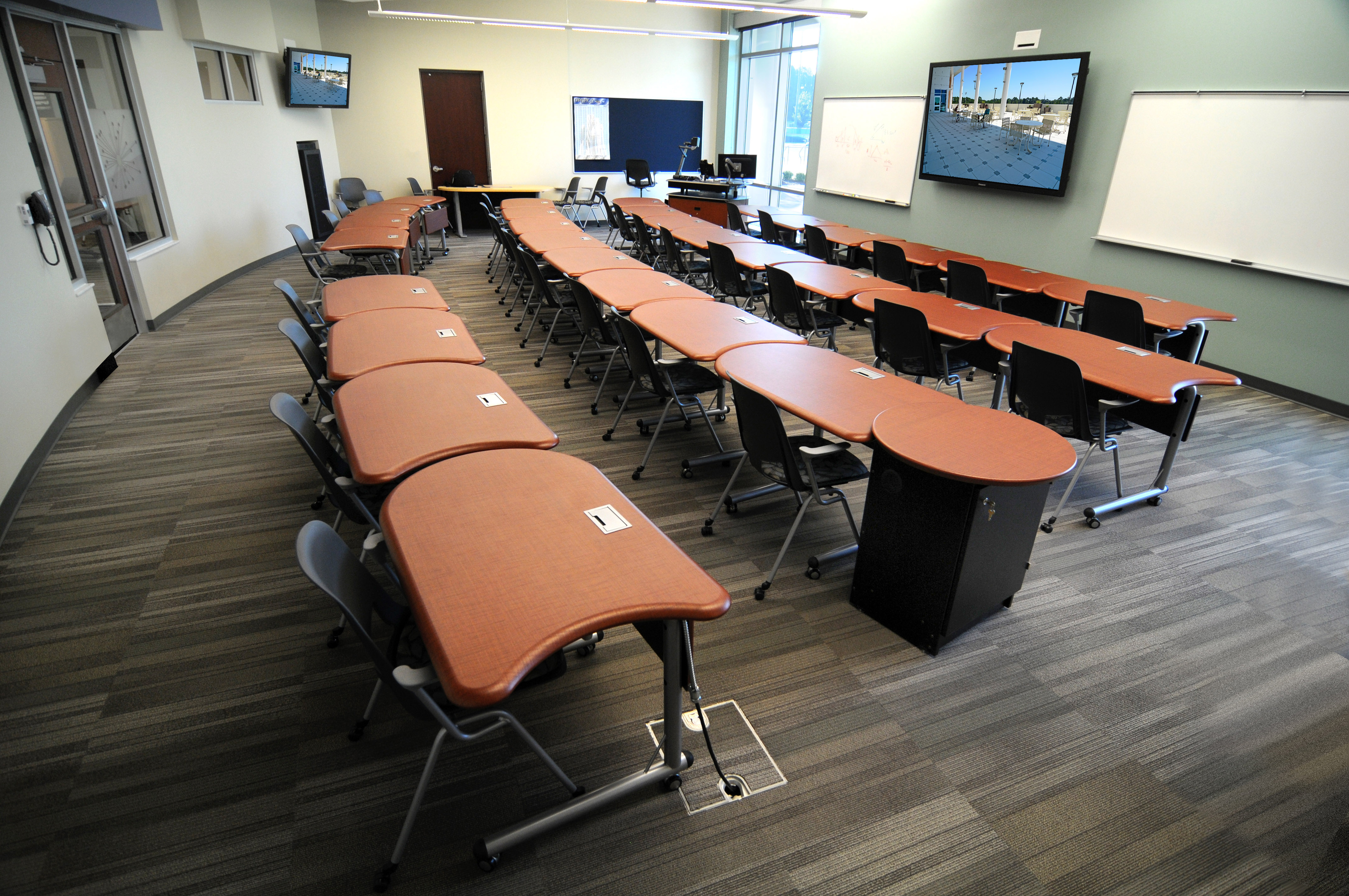 Classroom Table Design ~ Gulf coast state college opens advanced technology center