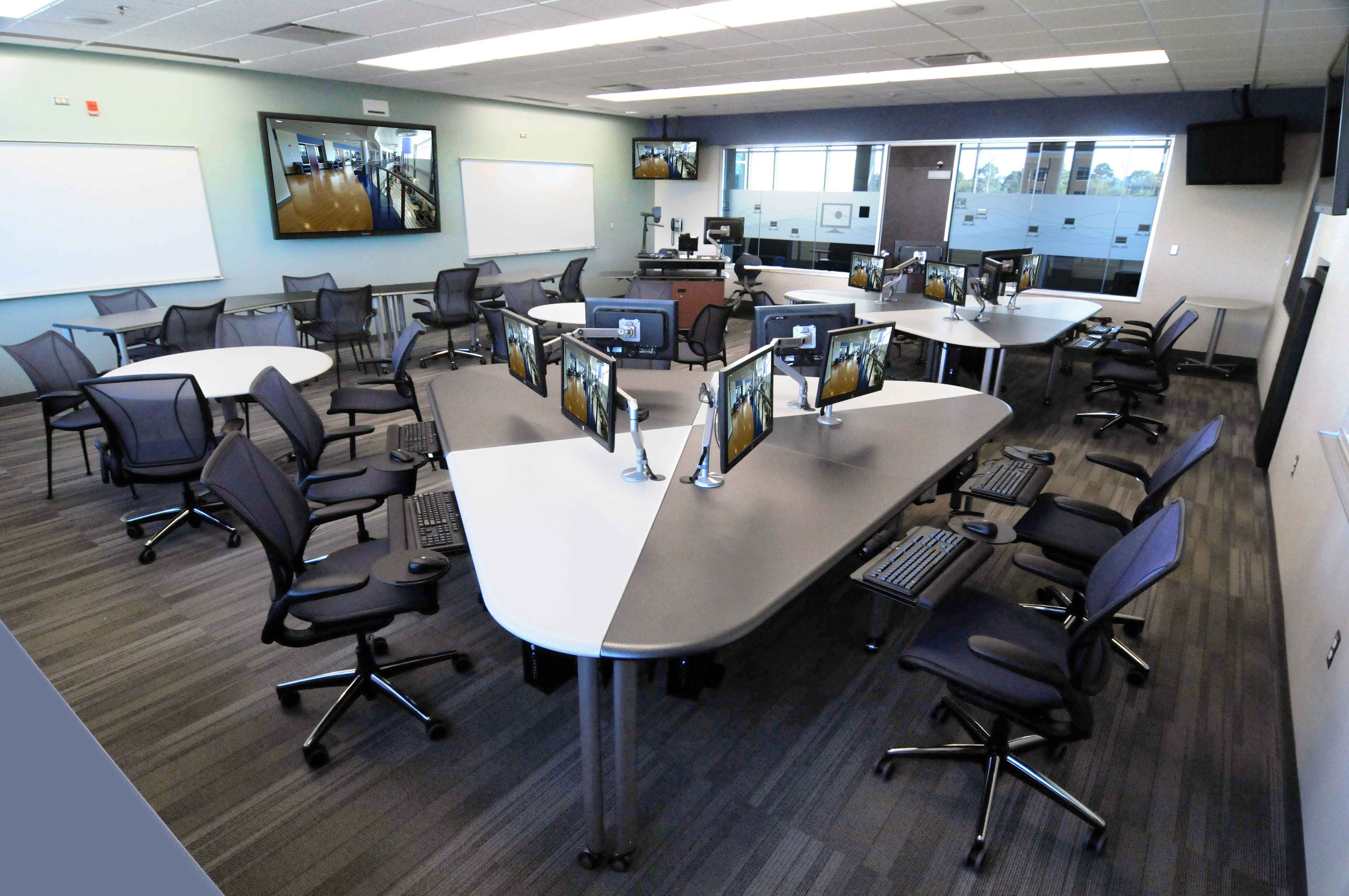 Center For Collaborative Classroom ~ Gulf coast state college opens advanced technology center