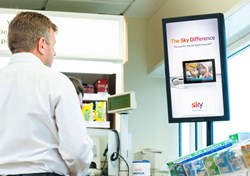 Digital, Advertising, Amscreen, Face detection, OptimEyes, Tesco, forecourt, out of home, measurement