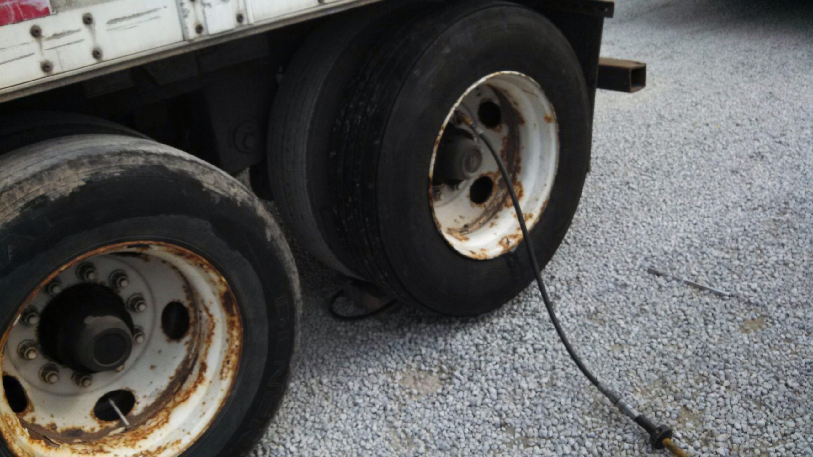 Effingham Tire Repair Now fers Emergency Roadside Tire Assistance