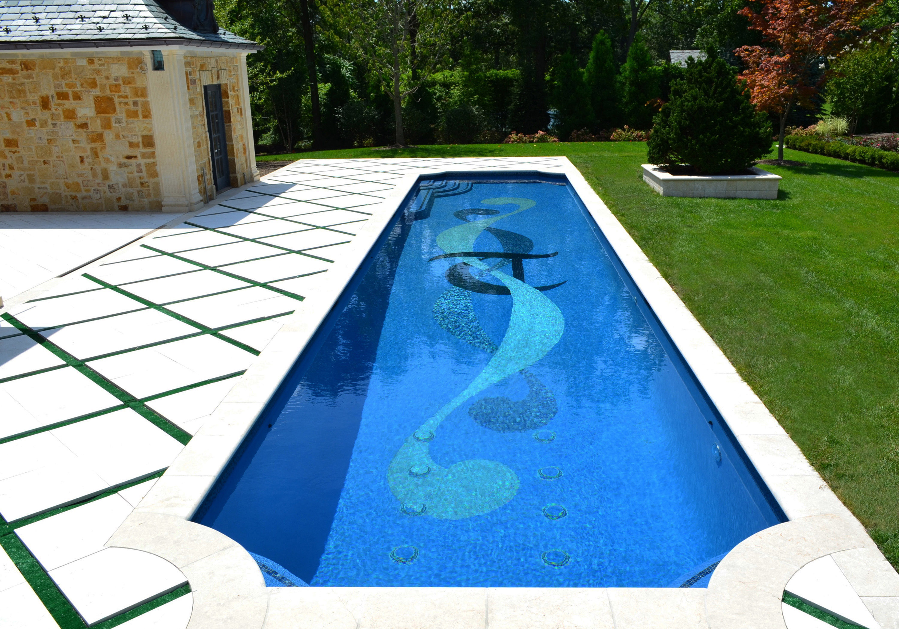 Bergen county nj landscape architecture office wins 2013 for Pool design shapes