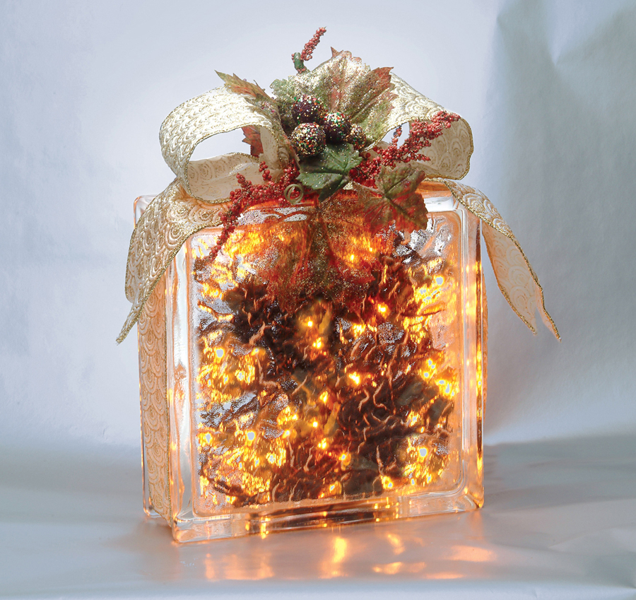 Pittsburgh corning shares glass block holiday craft tips for Glass block crafts pictures