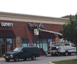 New store, The Fine Arts Company gets a brand new sign