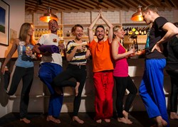 Yoga plus pub plus singles equals fun first dates with DoingSomething.co.uk