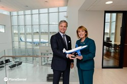 Pilatus PC-12 aircraft Governor Hassan visits PlaneSense, Inc.