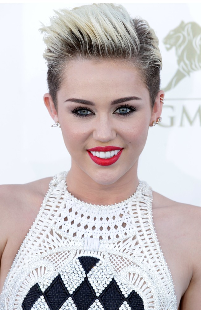 Miley Cyrus Tickets Open Sweet On Buyanyseat Com