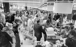 Umbrella Bagger Publishes Black Friday Safety Checklist for Retailers