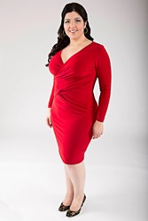 6 plus size dresses to wear this holiday season