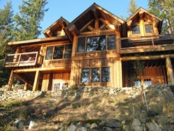 Award-winning cedar home built by Mike Collier and his Wood-Mizer LT15 sawmill.