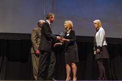 Virsys12 Founder Tammy Hawes receives 2013 NEXT Award for Technology Startup