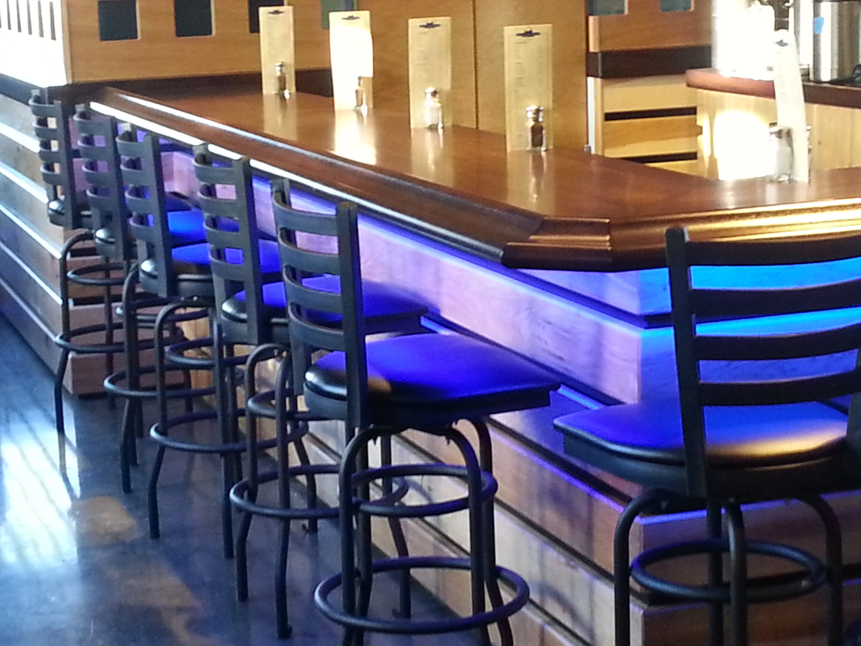Restaurant furniture helps bull s head pizzeria and