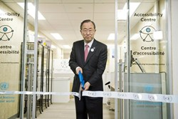 Secretary Ban Ki-moon cutting the ribbon at the UN Accessibility Centre in New York City