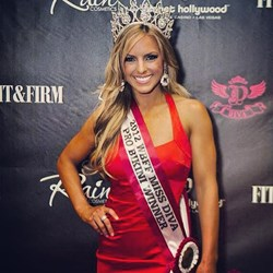 Lindsay Messina, WBFF Bikini World Champion