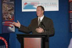 Pro Footbal Hall of Fame Quarterback, Jim Kelly Announces the Partnership of his Company, MyFanClip, with Port Erie Plastics