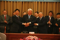 Mercy Ships - CSIC Contract Signing - Beijing China - December 2013