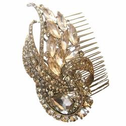 Nina Rai Leinc Gold Comb