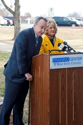 MIPT Executive Director David Cid and Rose State College President Dr. Jeanie Webb announce that the Memorial Institute for the Prevention of Terrorism is relocating to the college.