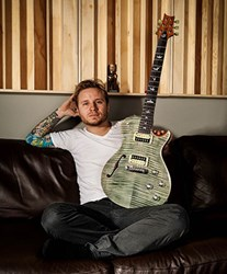 Shinedown's Zach Myers with new PRS SE Signature guitar