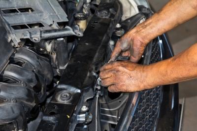 Mini Car Vacuum >> Lincoln LS 3.9-Liter Engines Now Include AJ30 V8 Models ...