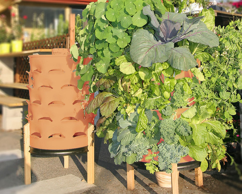 New Self Fertilizing Garden Tower Revolutionizes The