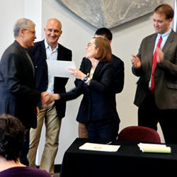 CafeGive Social CTO Ketan Sampat joins Secretary of State Kate Brown to receive certificate of Benefit Company status