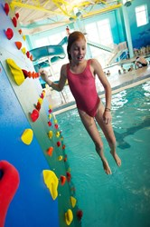 Kersplash Pool Climbing Wall