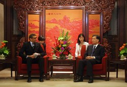 CEO Suri meets Vice Premier